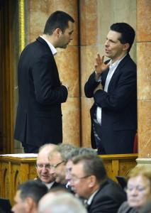 Schiffer András; Molnár Csaba