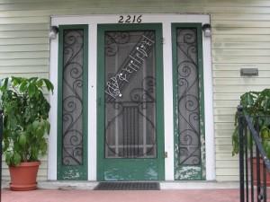 Műanyag bejárati ajtó
